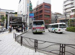 送迎バス写真3-1